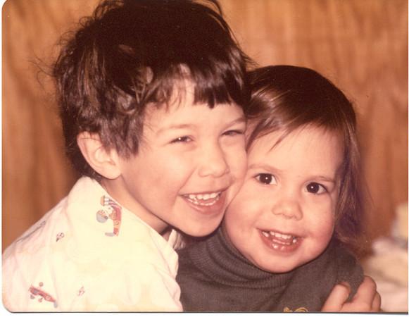 1977 - Scott hugging Sandee