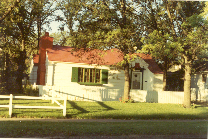 1971 - The House in Minot front