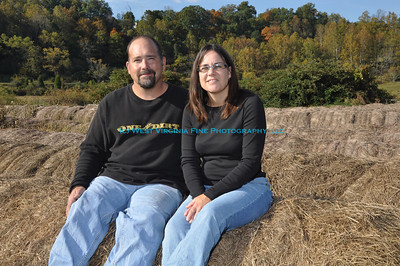Pat and Leslie on the haybales.
