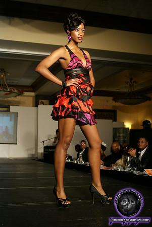 Safia McNeishie|Fashion Model