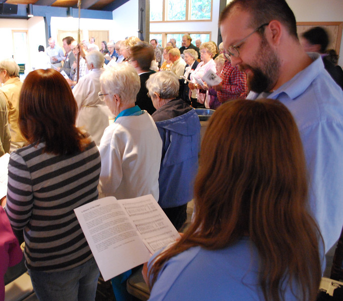 St. David's and Nashville Christian Church worship together