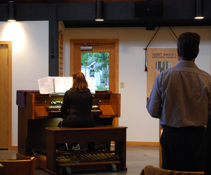 Organist Tammera Lane