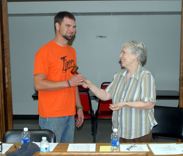 Smith and Jones: Brandon Smith and Kay Jones, transferring Lyndon mayorship, July 15, 2013.