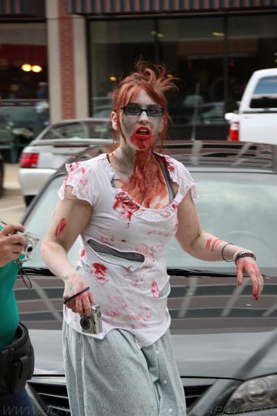 2010-Zombie_253