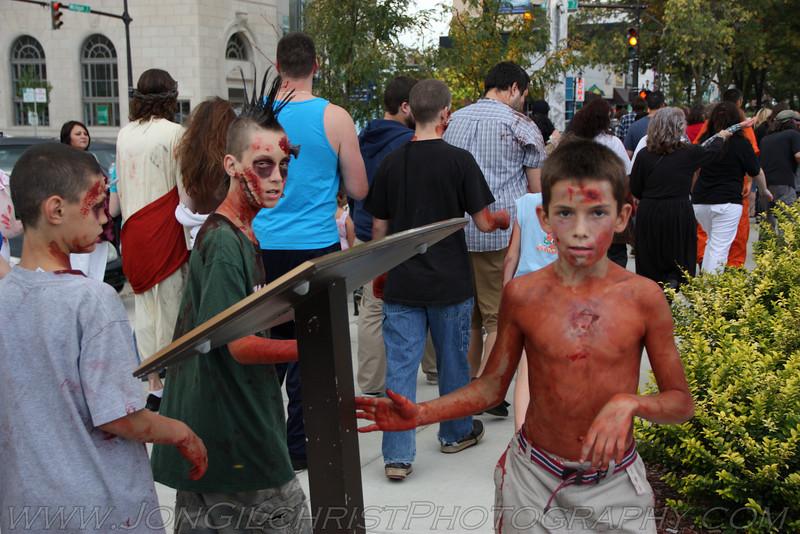 2010-Zombie_260