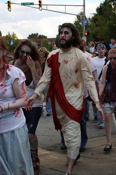 2010-Zombie_195