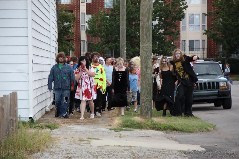 2010-Zombie_302
