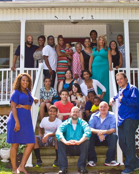Otis and Sandra Frye family July 2014-17 (1 of 1)