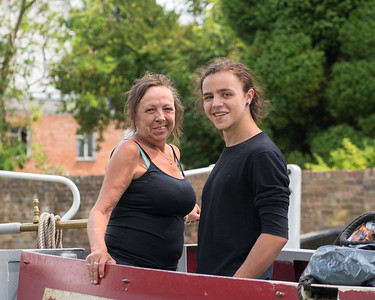 Dally and Doolittle - aboard Barge at Newbury Town Lock 31st August 2018
