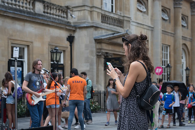 Busker Justin Towell snapped - Bath - 5th August 2018