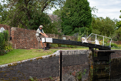 Man opens lock gate - Kennet and Avon Canal Newbury