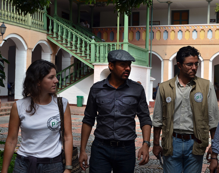 Alice Tabard and Francisco Sempere (PBI) accompany Franklin Castañeda from the Solidarity Committee for Political Prisoners (FCSPP). The FCSPP provides legal advice and support to political prisoners.<br /> © Julián Montoni/PBI Colombia