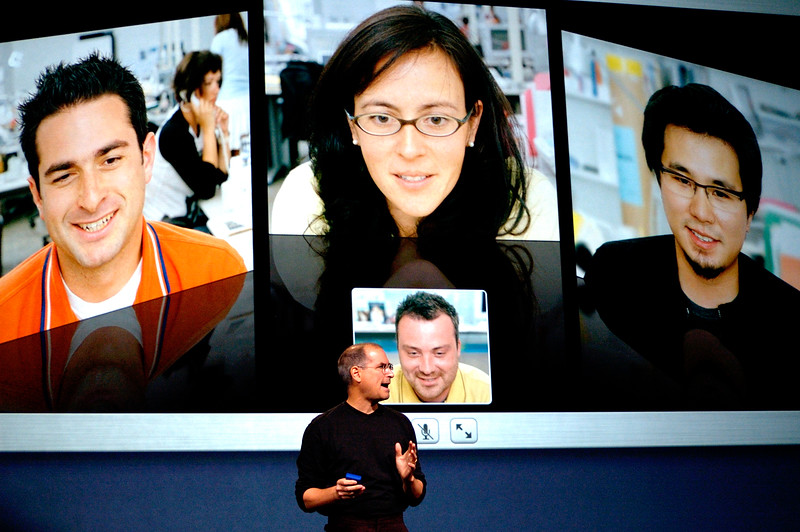 Apple CEO Steve Jobs presenting the iChat video features.