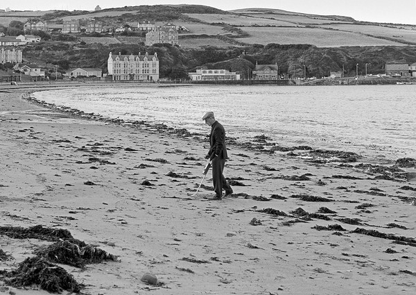 Man Metal Detecting on Beach - Port Erin Isle of Man 1979