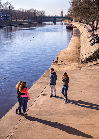 Taking Photos at the Ouse - York North Yorkshire UK 2016