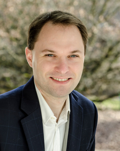 Craig Evans - Casual Business Headshot