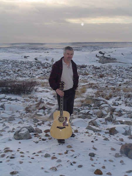 I'm just posing here with my guitar getting cold