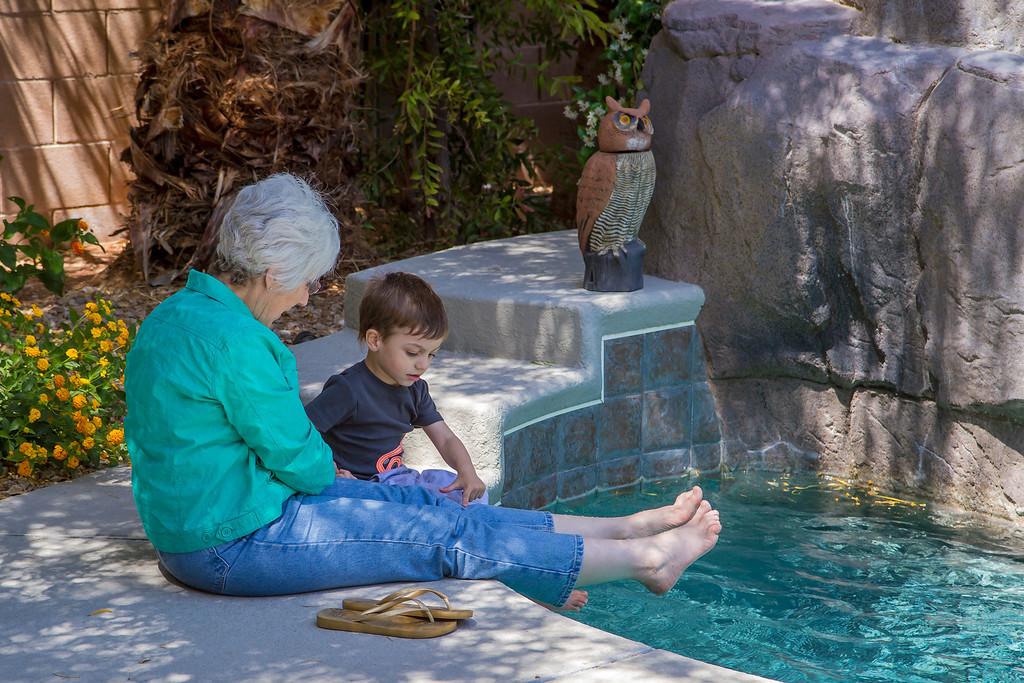 Grandma and grandson cooling their heels, Las Vegas, NV