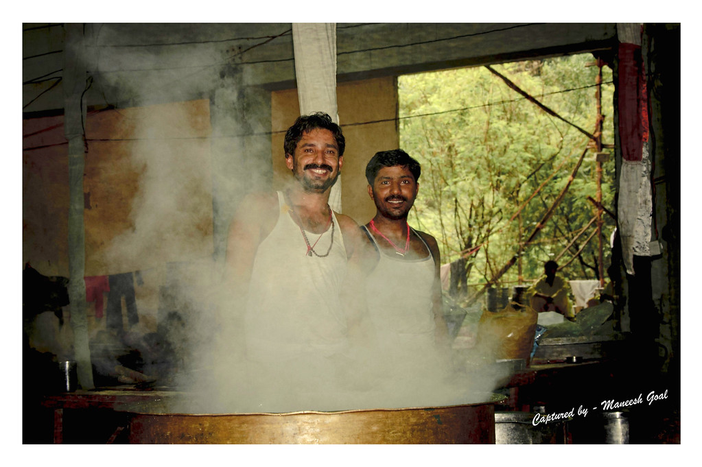 Hired cooks (who make delicacies during Indian festivals)