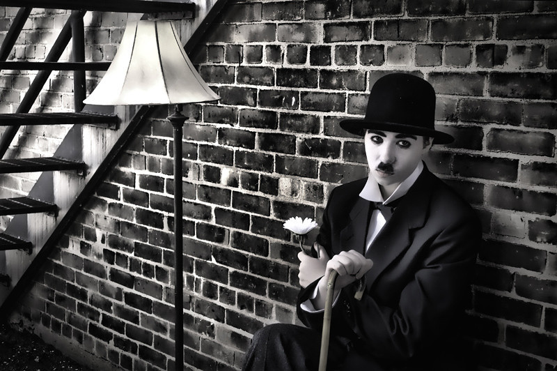 Tribute to Charlie Chaplin - City Lights<br /> Model: Allison Ransbottom