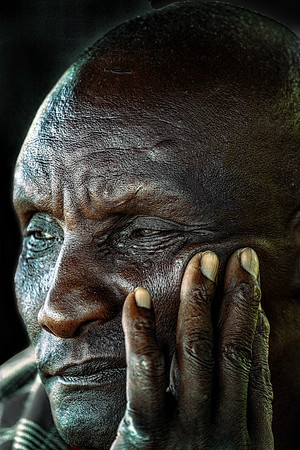 Kenyan Elder Copyright 2021 Steve Leimberg UnSeenImages Com _DSC2828