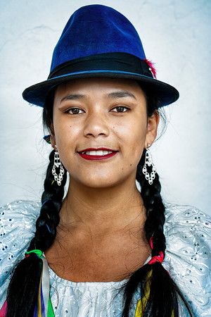 Beautiful Young Woman Quito Copyright 2020 Steve Leimberg UnSeenImages Com _DSC5158