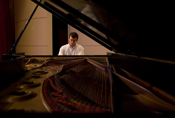 "Patrick Kreeger performs Piano Sonata, 3rd Movement ""Chorale et Variations""by Frenchman Henri Dutilleuxi.  (Jenni Farrow)"
