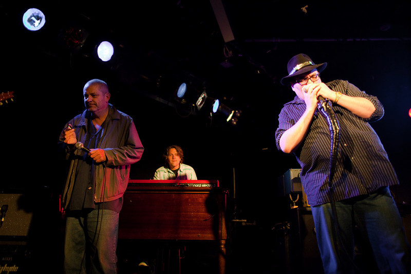 20090415-Blues Traveler-044