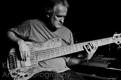 Bass Studio 1
