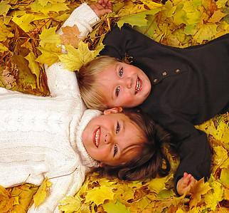 "Nate & Olivia 2007 Award: 1st Place, fredmiranda.com ""Opposites"" Award: 1st Place, photozo.com ""Opposites"""