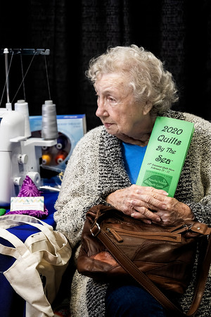 Lady at Quilts by the Sea - Copyright 2020 Steve Leimberg UnSeenImages Com _DSF7989
