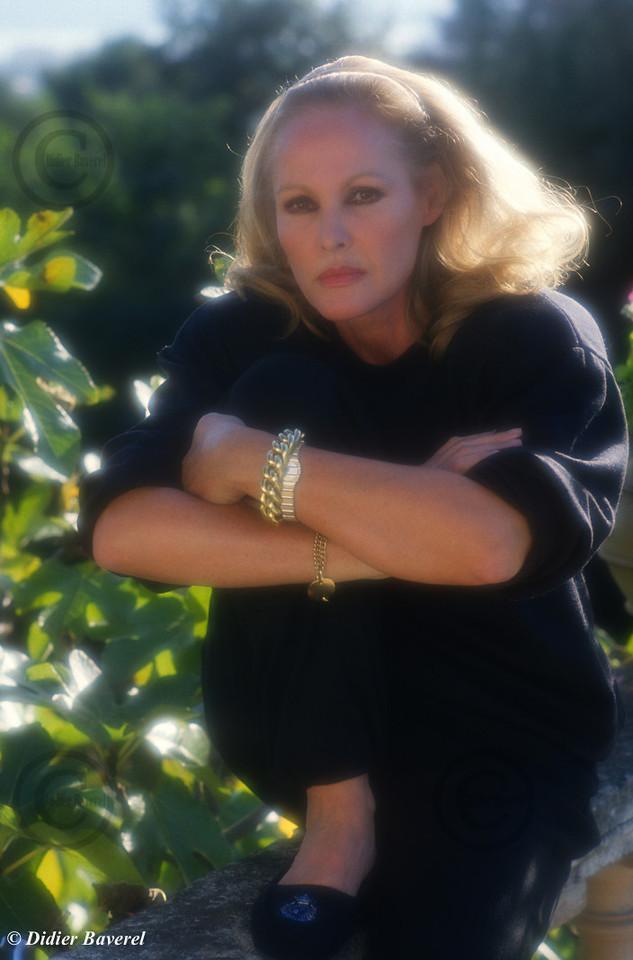 *legende* Ursula Andress