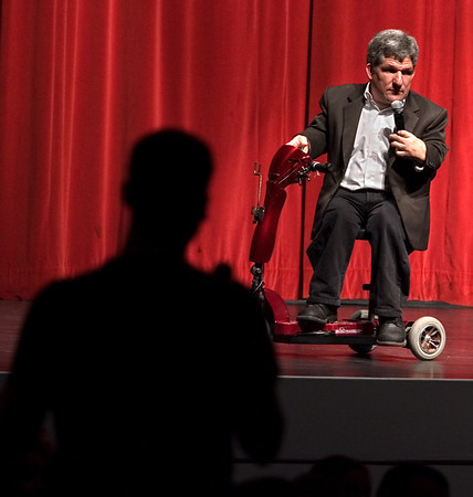 A university student asks guest speaker, Matt Roloff, a question during a Q & A Tuesday night at Wright Auditorium.  (jenni Farrow)