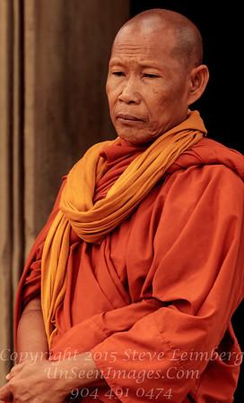 Monk Ankor Wat Copyright 2018 Steve Leimberg UnSeenImages Com _Z2A5931