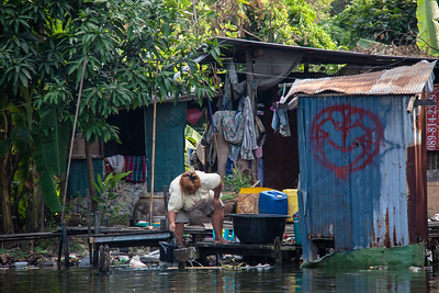 Living on the canals of Bangkok, Thailand 2012