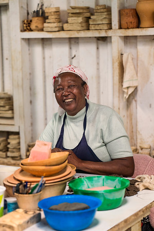 Woman in Tile Factory Kenya Copyright 2020 Steve Leimberg UnSeenImages Com _DSC1879