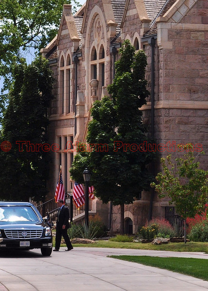 The Presidential Limousine arriving at Colorado College.
