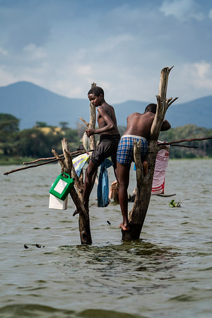 Boys Polefishing Kenya Copyright 2020 Steve Leimberg UnSeenImages Com _DSC1863
