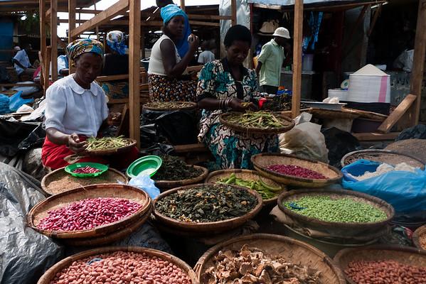 Seller woman in main markets in Lilongwe, capital of Malawi.