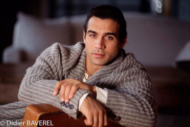 09 Mar 1995, Paris, France --- British Actor Adrian Paul --- Image by © Didier Baverel/Kipa/Corbis