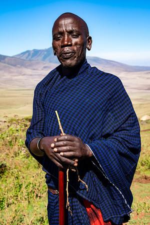 Herder Tanzania Copyright 2020 Steve Leimberg UnSeenImages Com _DSC1425