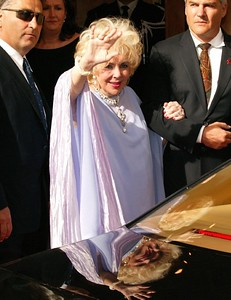 Liz Taylor, Cannes, France