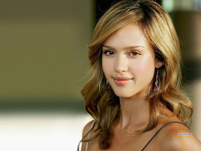 jessica_alba_natural_beauty_1sZba22 sized