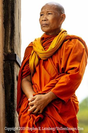 Monk - Ankor Wat - Copyright 2018 Steve Leimberg UnSeenImages Com _Z2A6052