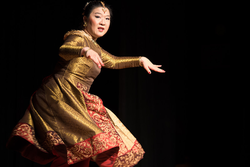 Seibi Lee - Harvest Moon Festival at the Oakland Asian Cultural Center - Sept. 2014