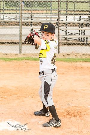 Pirates Baseball Fall 2018-Landon Fiola - 44-4