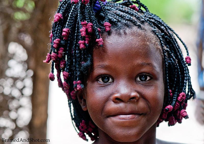 <h4> Young Angolan Girl IV</h4>