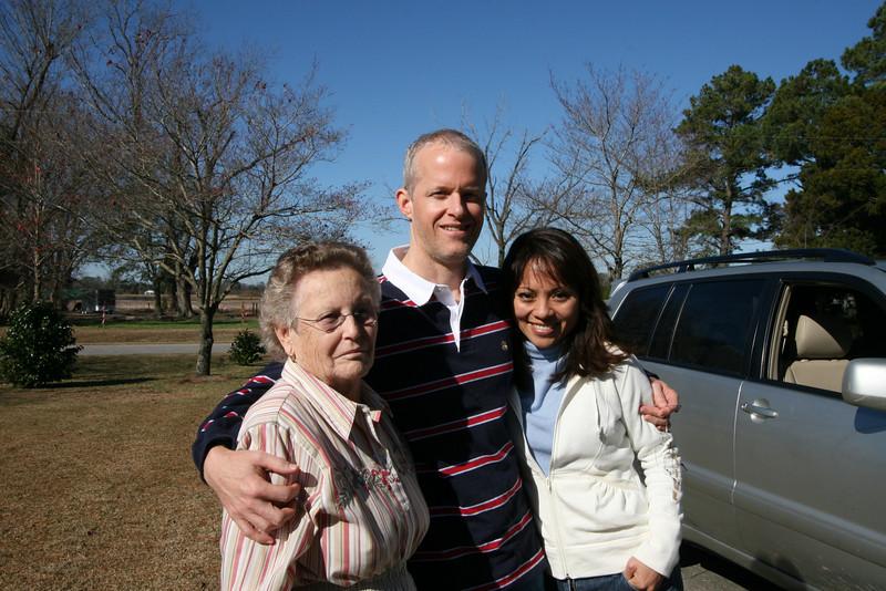 Alex Jr. with Aunt Evelyn Jenkins (l) and Elizabeth Larson.