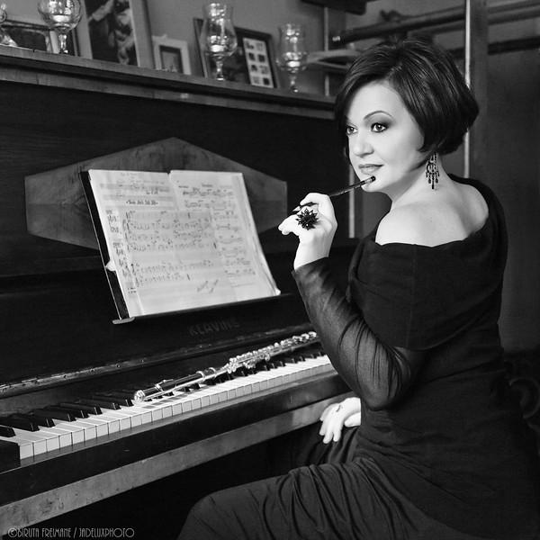 Ilona Kudina, jazz flutist