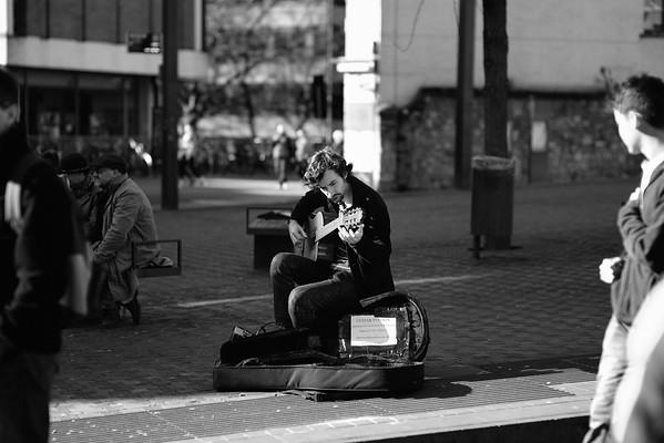 David Seckleman Oxford guitar teacher busking